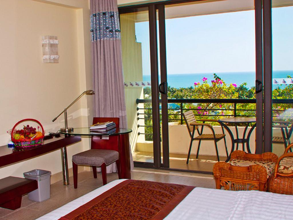 Palm Beach Resort & Spa Sanya
